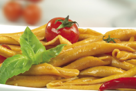"alt=""Calabrian Fileja Pasta in tomato sauce"""