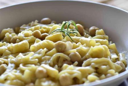 """Alt=""""vorrei italian pasta with chick peas"""""""