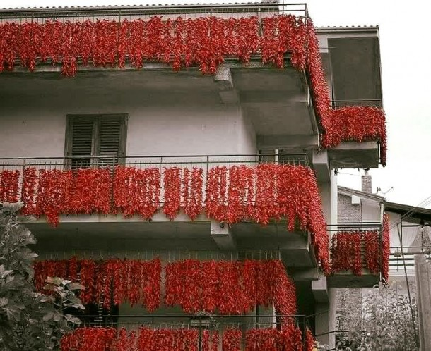 "Alt=""vorrei italian balconies with chilli"""