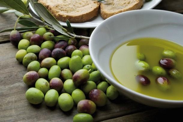 "Alt=""Extra Virgin Olive Oil: Beware of Imitations"""