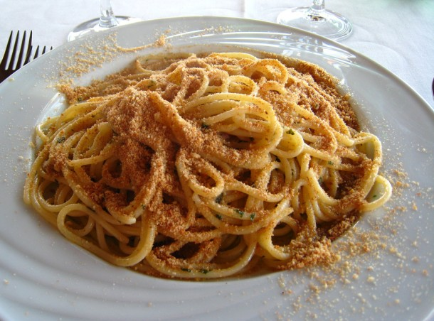 "Alt=""pasta with breadcrumbs cucina povera"""