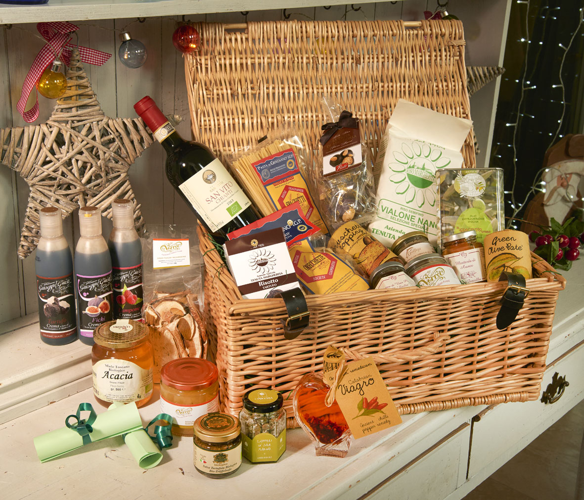 Our Favourite Boozy Christmas Hampers Vorrei Delicious Italian Food Blog