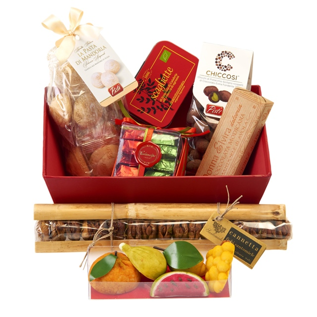 Christmas Hamper Ideas.14 Christmas Hamper Ideas For Foodies Vorrei Delicious